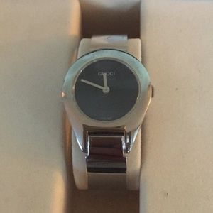 GUCCI 6700L Buckle Watch Black Face Stainless